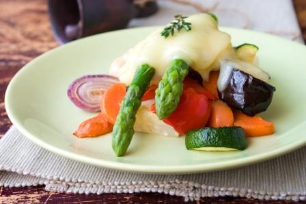 Раклет, запеченные овощи под сыром