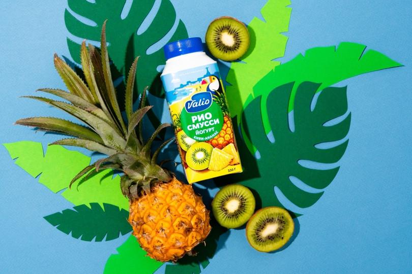 Йогурт питьевой Valio Рио смусси с киви и ананасом.jpg