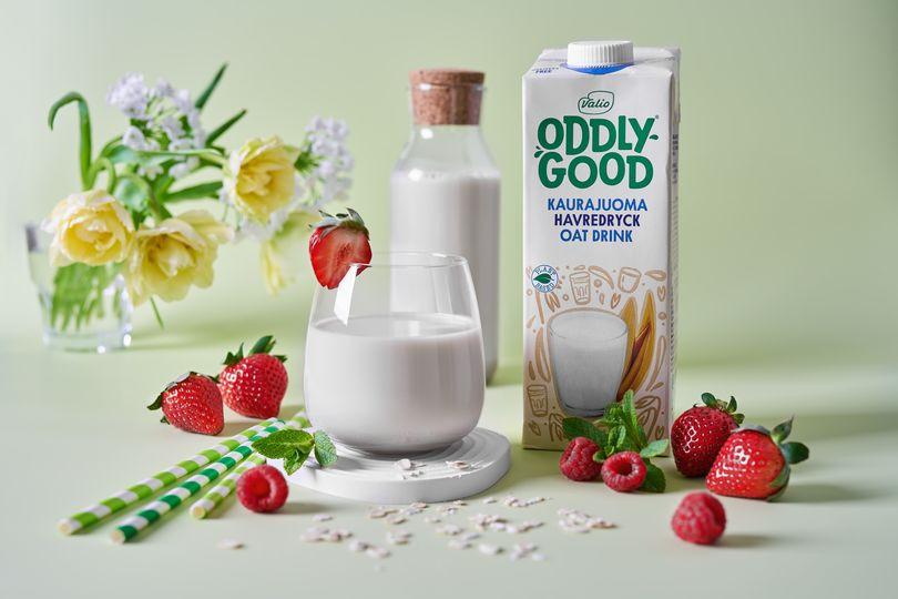 Овсяный напиток Valio Oddlygood, обогащенный витаминами и минералами.jpg