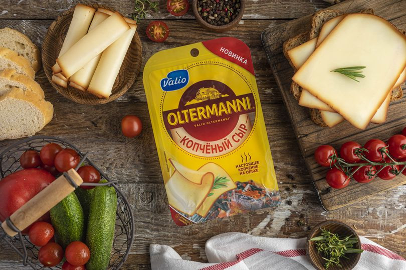 Сыр полутвердый Oltermanni копчёный.jpg