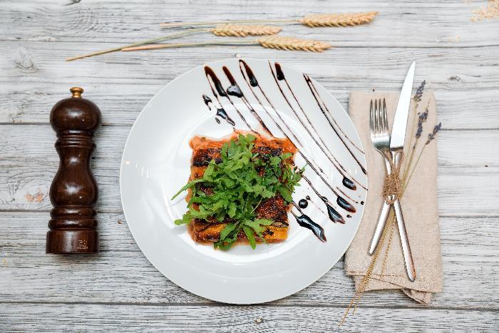 Вегетарианская лазанья с соусом Бешамель