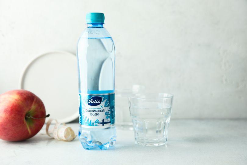 Вода Valio природная питьевая родниковая негазированная.jpg